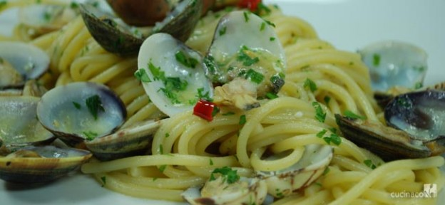 spaghetti-alle-vongole-home-e-finale