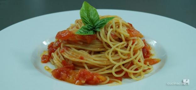 spaghetti-al-pomodoro-fresco-home-e-finale