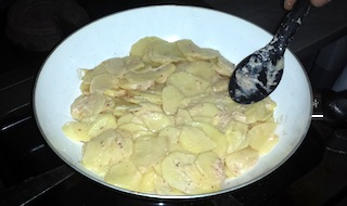 Impasto per frittata di patate