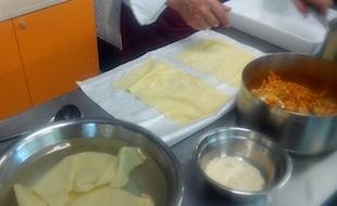 preparazione lasagne di pesce