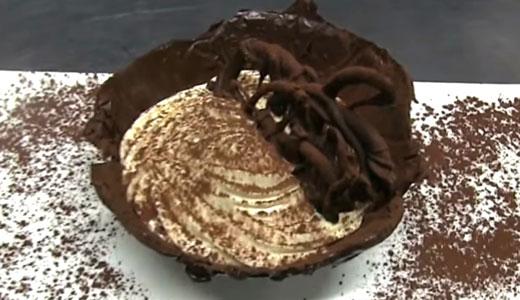 cestino-al-cioccolato-con-c