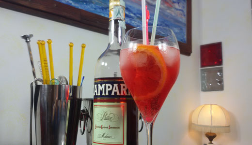 cocktail-campari-spritz-sit